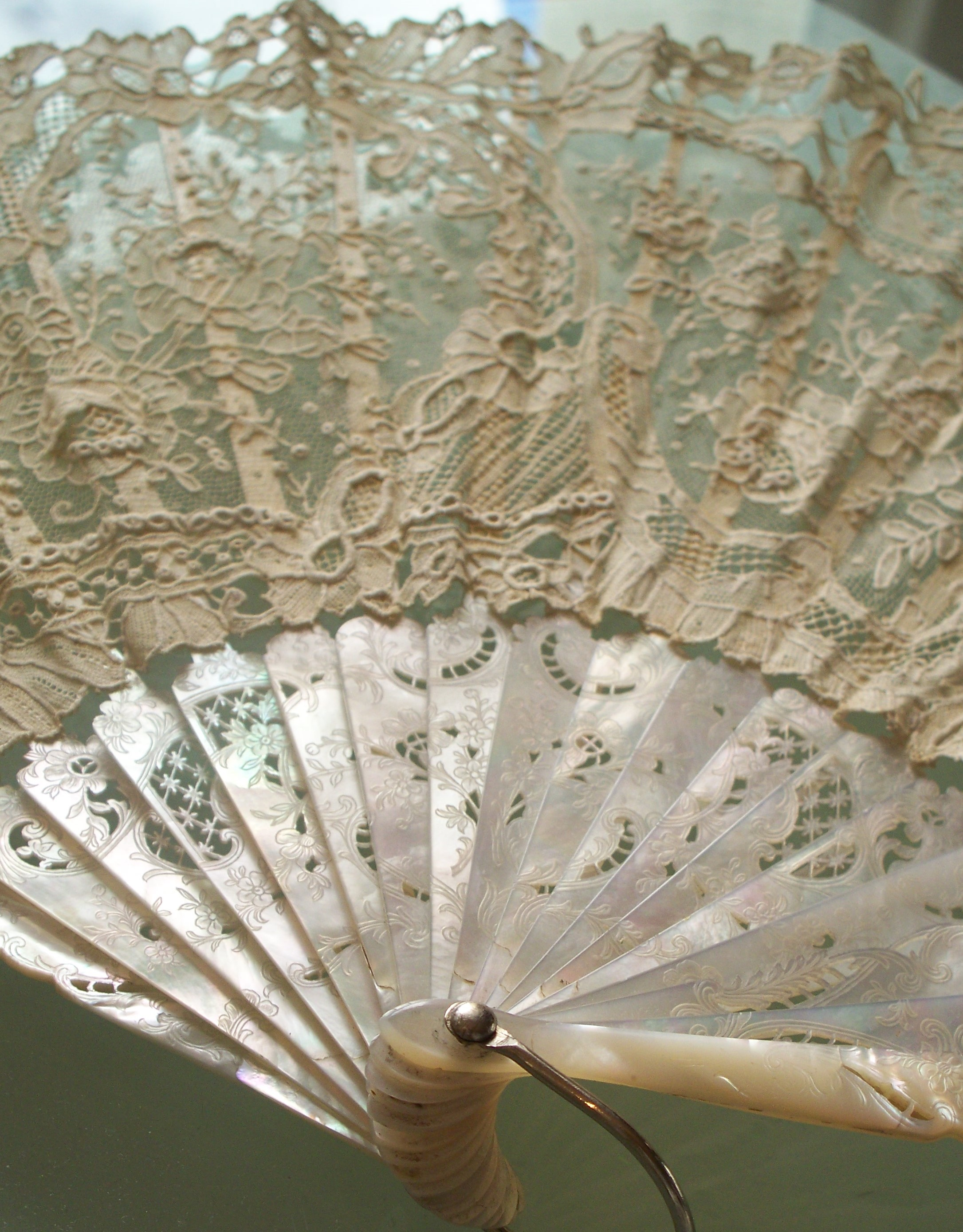 Antique Brussels Point de Gaze Fan circa 1880