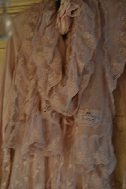 Jeanne d'Arc Living Dusty Rose Lace Scarf