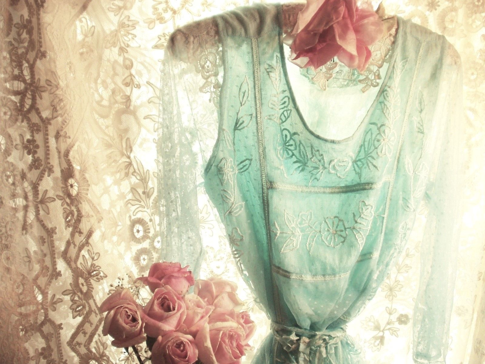 Jeanne d'Arc Living Soft Turquoise Top/Dress w/free Crinkly Silk Ribbon