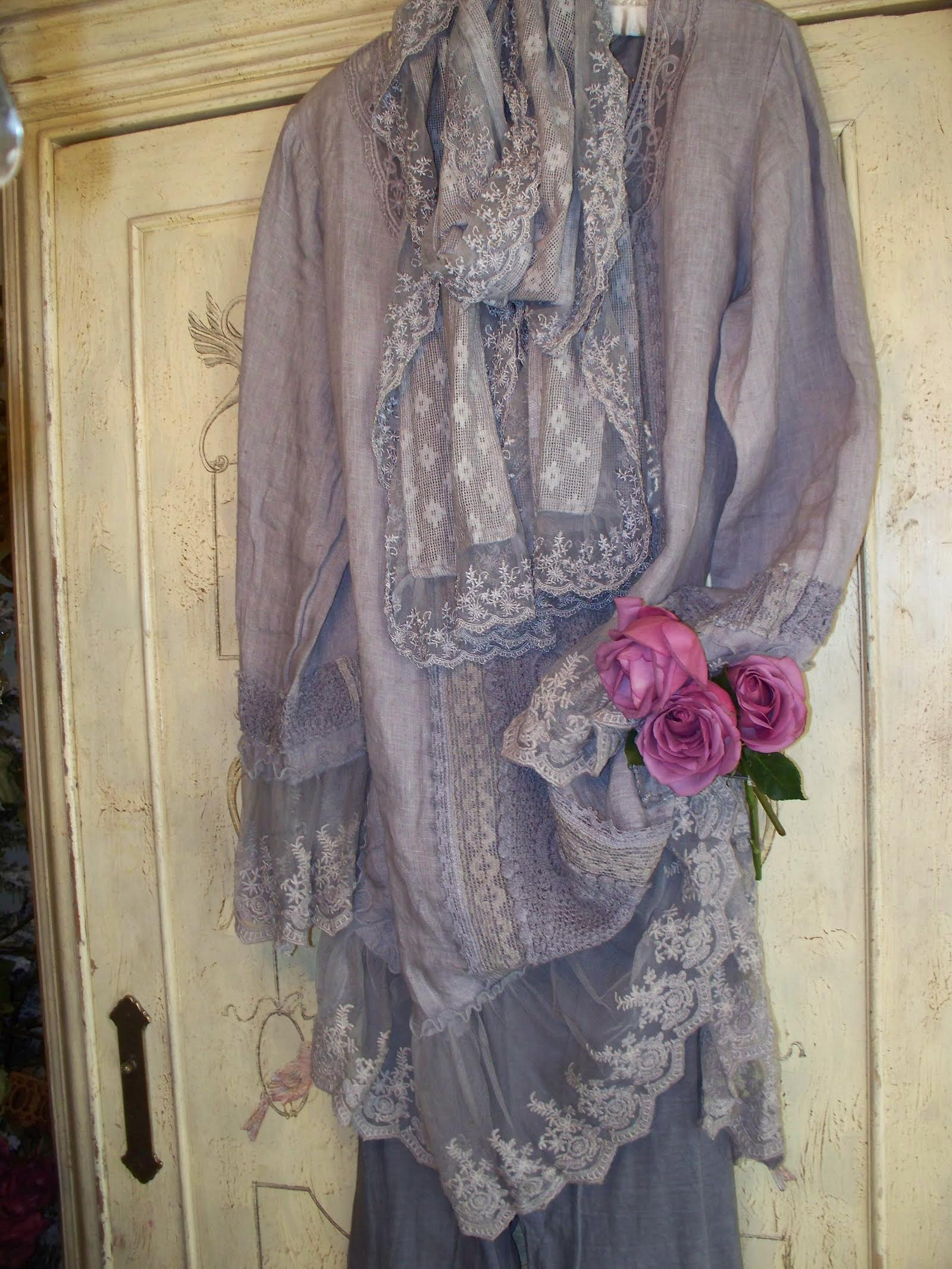 Jeanne d'Arc Living Ethereal Light Grey Top with Scarf